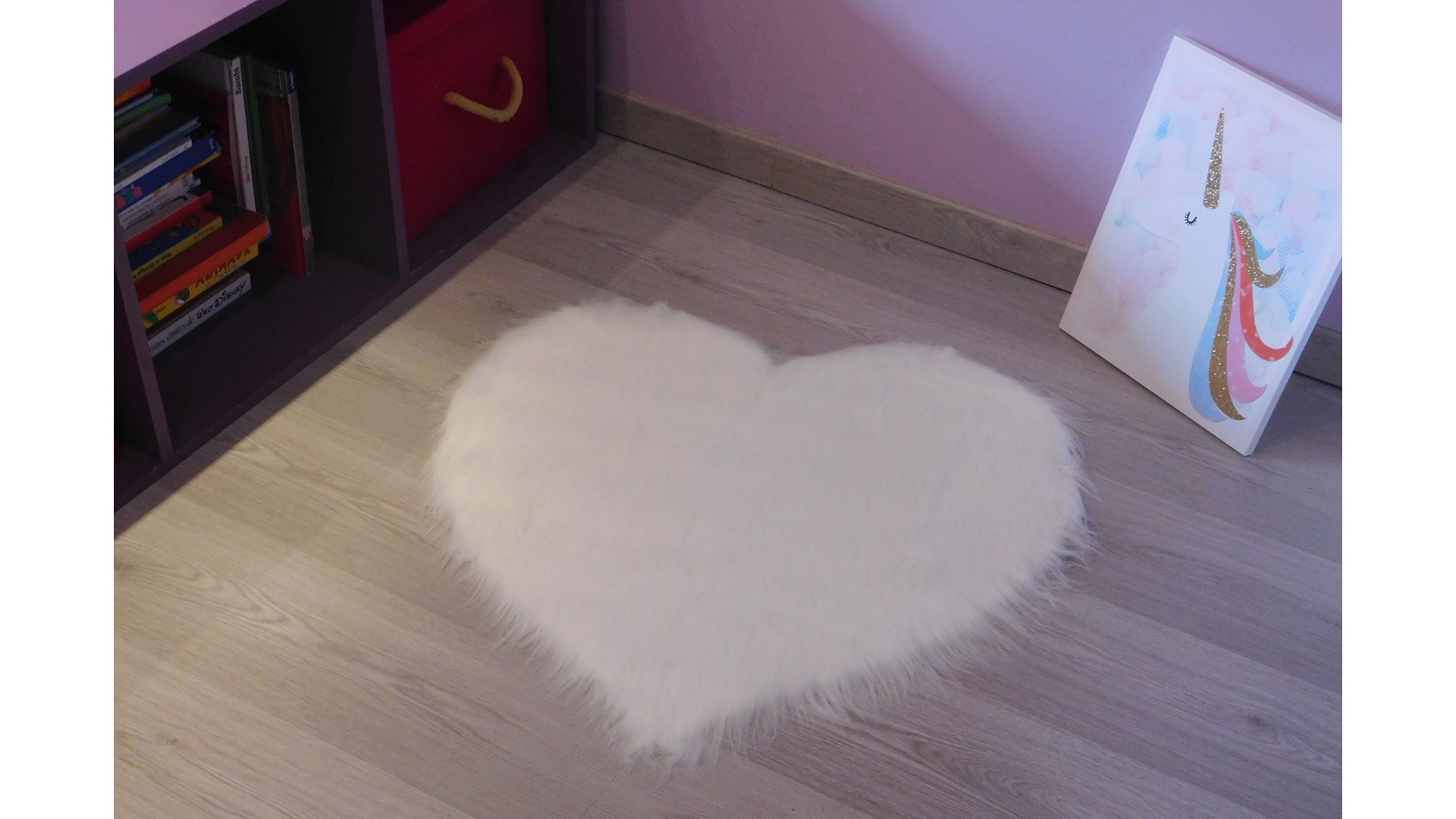 Tapis chambre COEUR blanc DEBONSOL